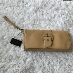 NWT Donald Pliner Clutch